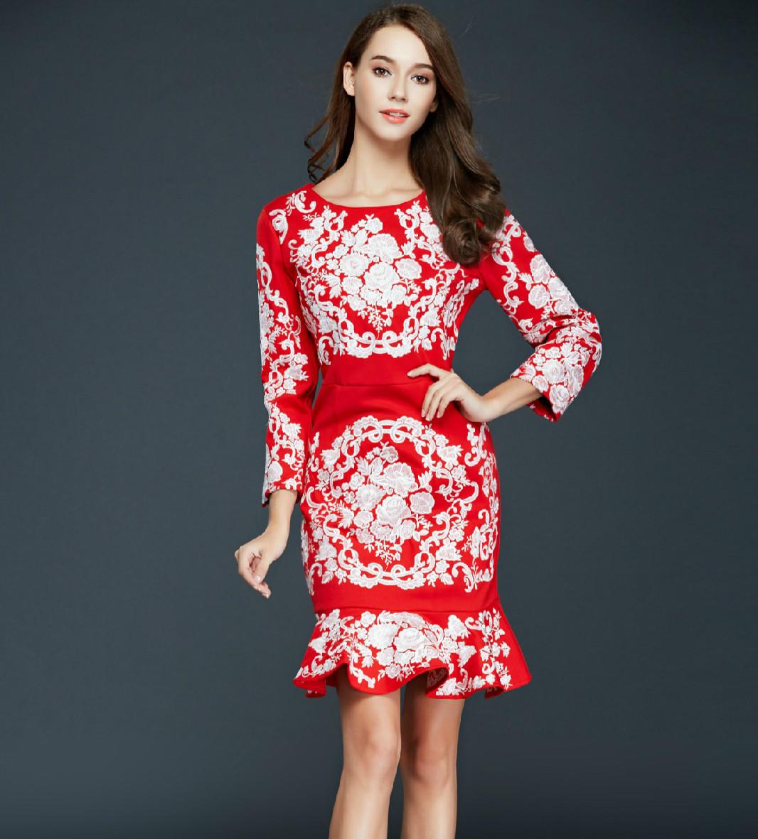 dress batik potongan slim fit